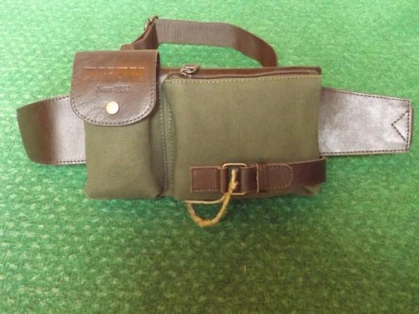 Bauchfunktionstasche in Olivegrün