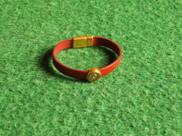 Echtlederarmband mit Hülse, versch. Farben